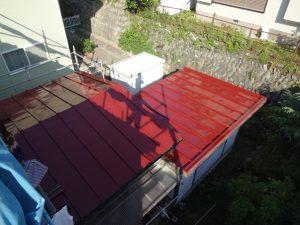塗装後のトタン屋根