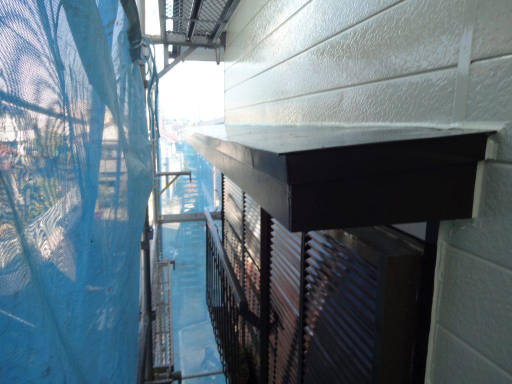 横浜市南区で霧除け(庇)の交換工事を行いました