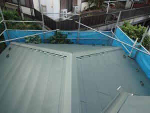 横浜市中区の屋根カバー工事