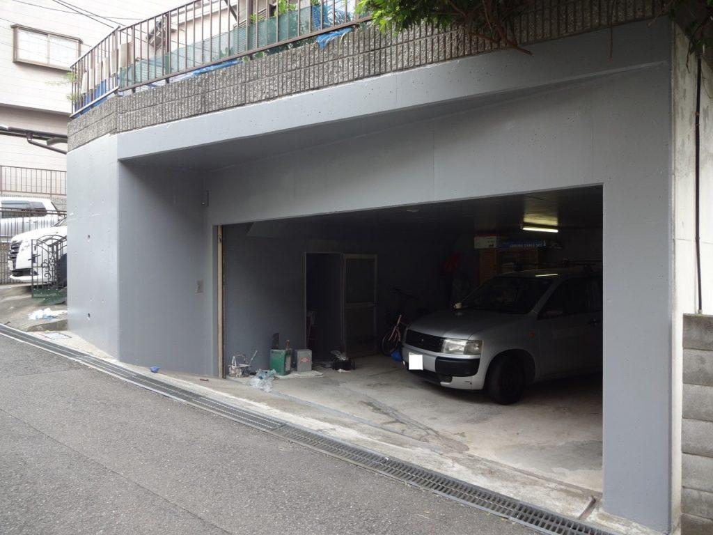 川崎市宮前区にて擁壁の塗装工事を行いました