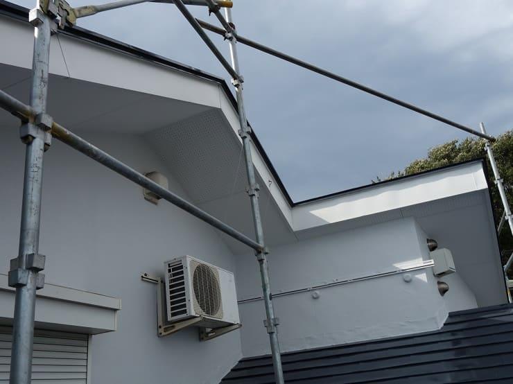 横浜市青葉区で破風・鼻隠し板金を行いました
