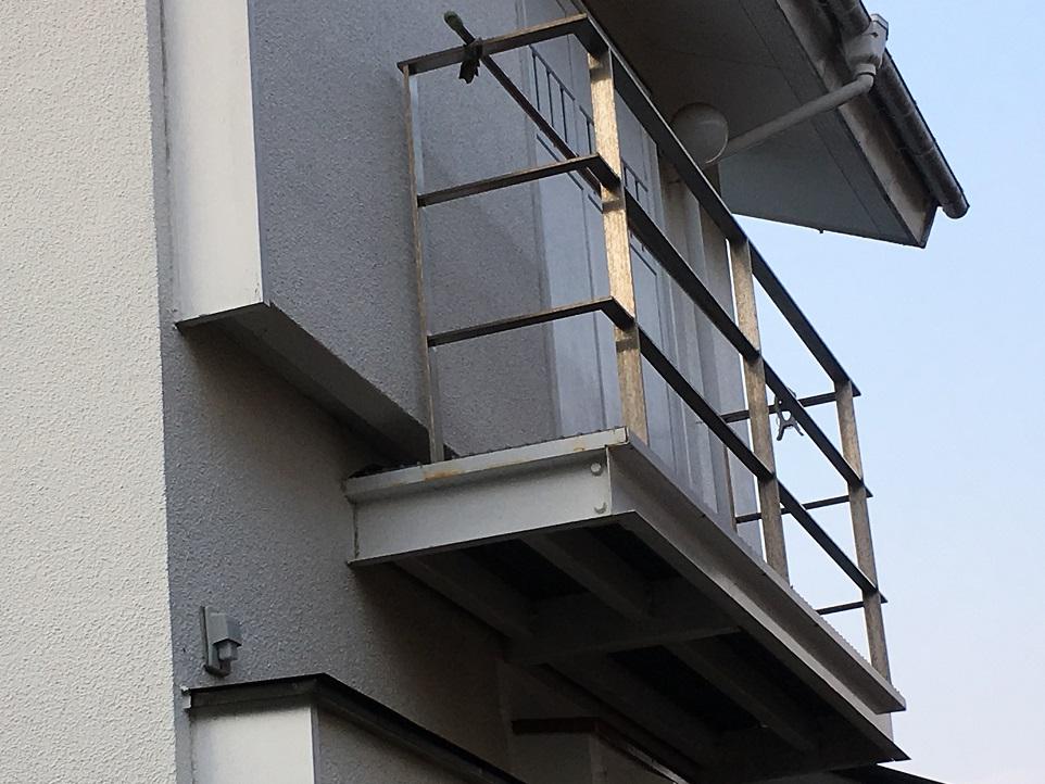 横浜市青葉区で雨漏り工事を行いました
