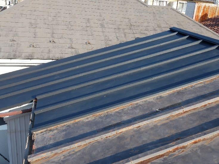横浜市鶴見区|屋根部分葺き替え工事の施工事例