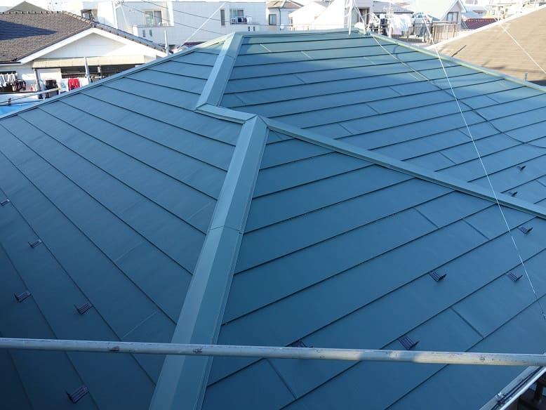 川崎市中原区で屋根カバー工事を行いました