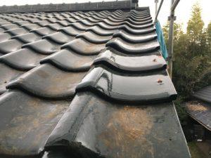 屋根瓦差し替え