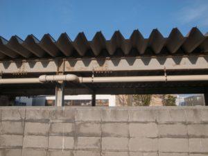 劣化した折板屋根