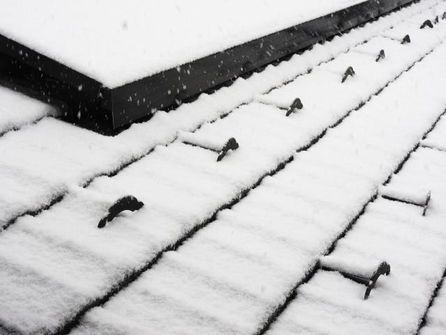 雪止め金具