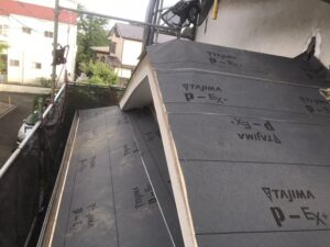 下屋根(防水シート)